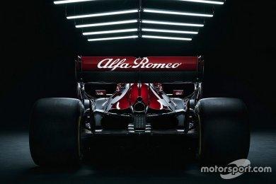Alfa Romeo, 2021 F1 aracını 22 Şubat'ta Varşova'da tanıtacak!